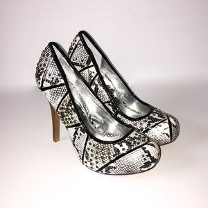 NAUGHTY MONKEY Studded Snakeskin Heels Sz 6